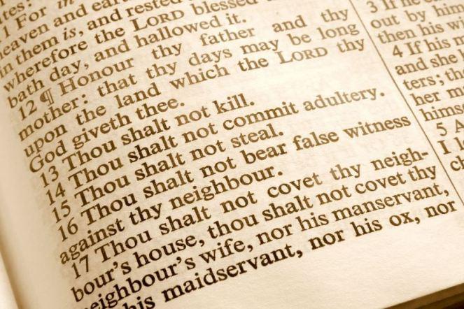 Living-the-10-Commandments
